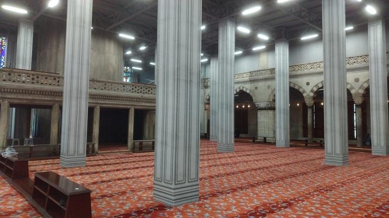 Истанбул хотын энэ сүмд ороход яг л видео тоглоом дотор байгаа мэт санагдуулна