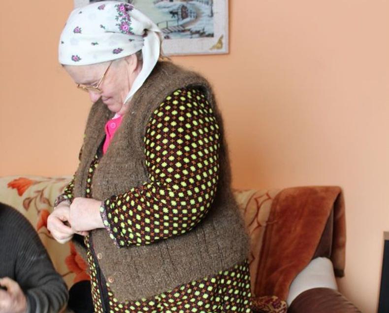 65 настай эмээгийн хачирхалтай үйлдэл