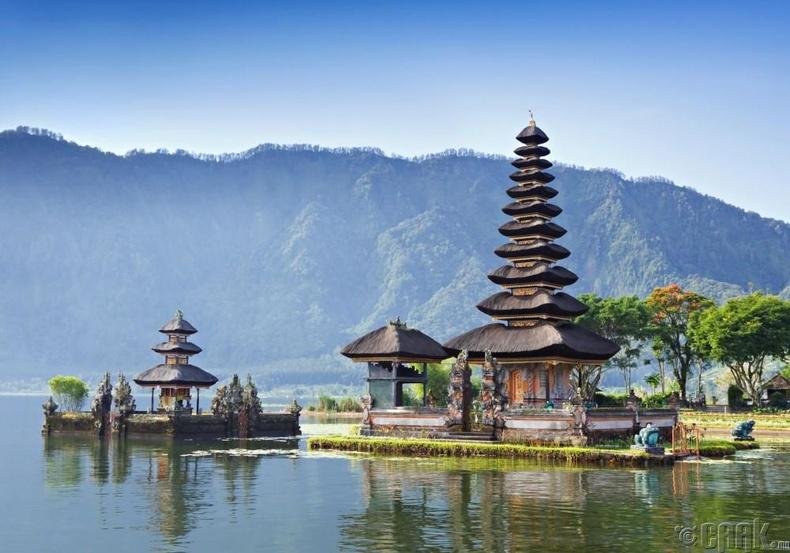 Индонез