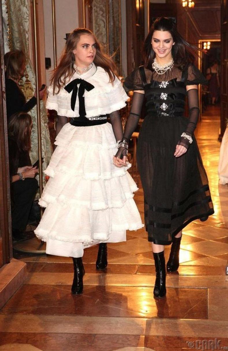 """Жил бүр болдог """"Chanel""""-ийн """"Tiers d'Art"""" үзэсгэлэн дэлхийн хамгийн хүлээлттэй загварын шоунд тооцогддог"""