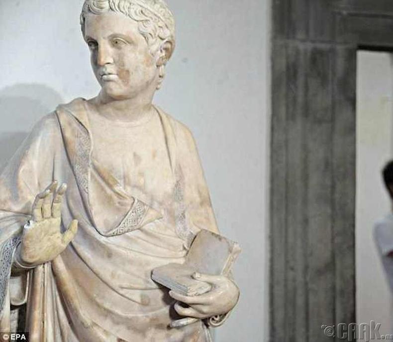 Италийн Флоренц хотын Гэгээн Мариягийн баримал