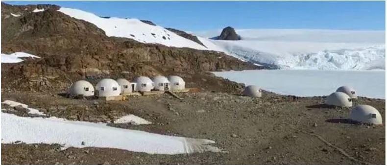 """""""Whichaway Camp"""", Антарктид"""