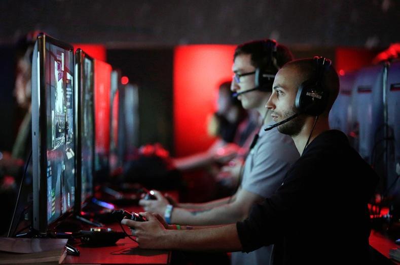 Бүх цаг үеийн хамгийн олон хүний урам хугалж, шуугиан дэгдээсэн видео тоглоомууд