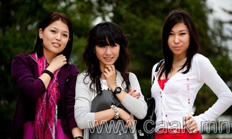 Монголын vзэсгэлэнт охид (72 фото) №96