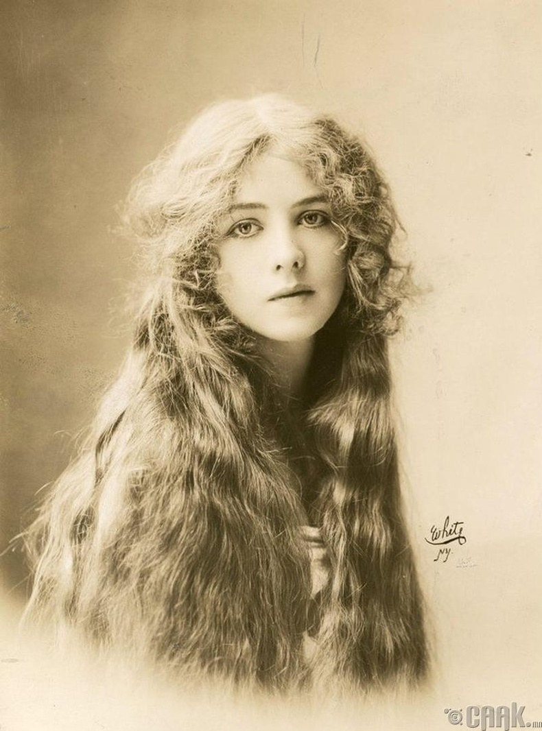 Жүжигчин Иона Брайт (Iona Bright) - 1912 он
