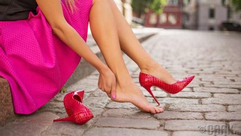 Хөлд эвгүй гутал өмсөх