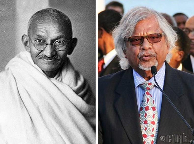 Арун Манилал Ганди,  Махатма Гандигийн ач