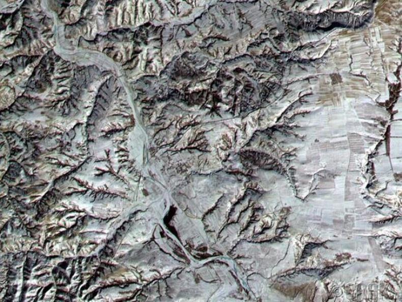 Бид бодохдоо: Хятадын Цагаан хэрэм сансраас харах боломжтой цорын ганц бүтээн байгуулалт
