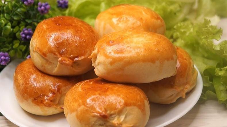 Оросуудын брэнд болсон кефиртэй пирошки хийцгээе!