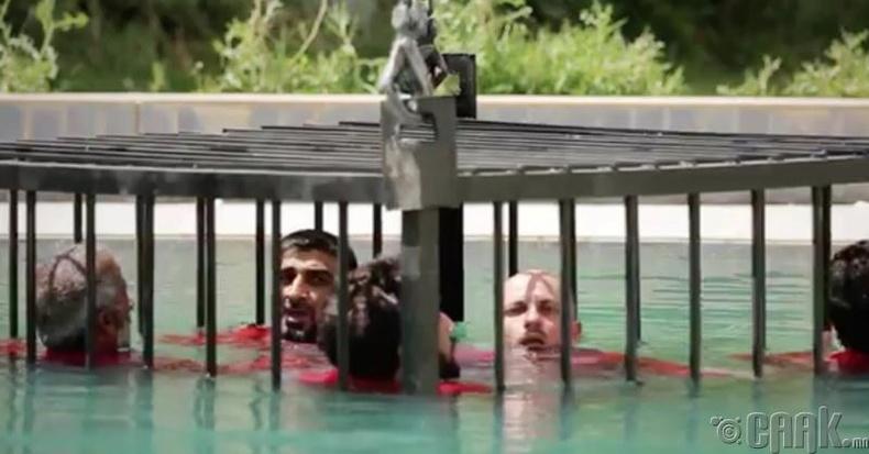 Үхтэл нь усанд дэвтээх