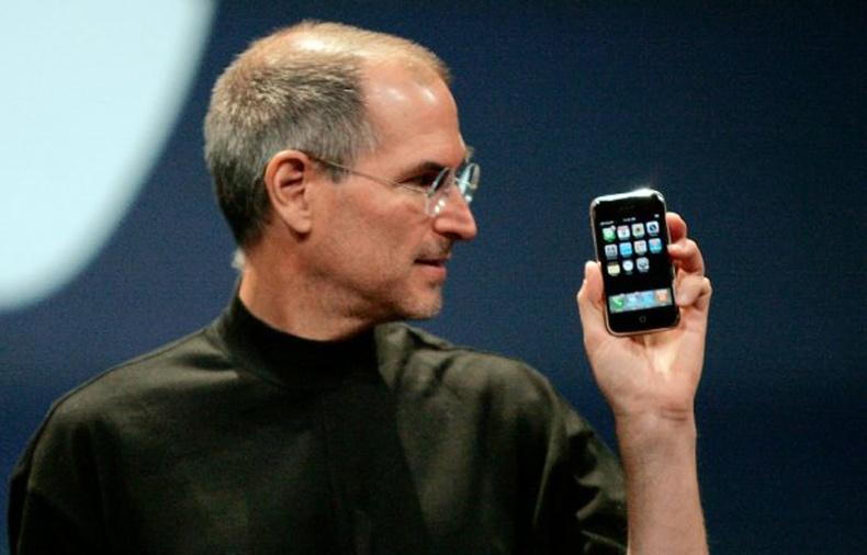 Хамгийн анхны iPhone. АНУ - 2007 он