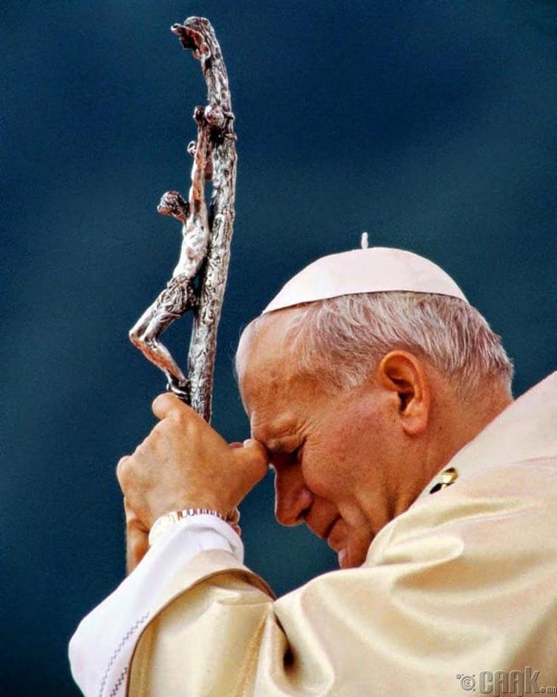 Пап лам Жон Пол II  (Pope John Paul II)