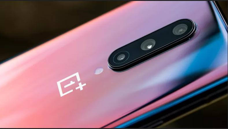 Шилдэг үзүүлэлттэй утас - OnePlus 8