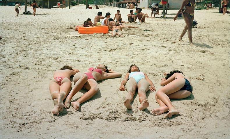 90-ээд оны Куба орны таны харж байгаагүй өнгө төрх