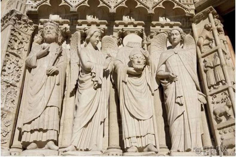 Тус сүм анх Ром хэв загвартай байсныг засаж сайжруулан готик хэв маягтай болгожээ