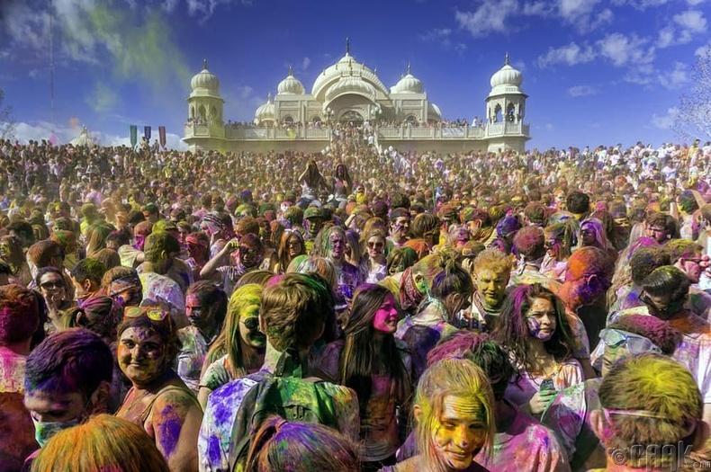 """""""Холи наадам"""" - Мумбай, Энэтхэг"""
