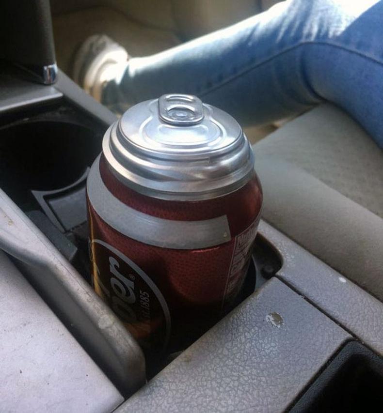 Халуун машинд хийжүүлсэн ундаа удахаараа...