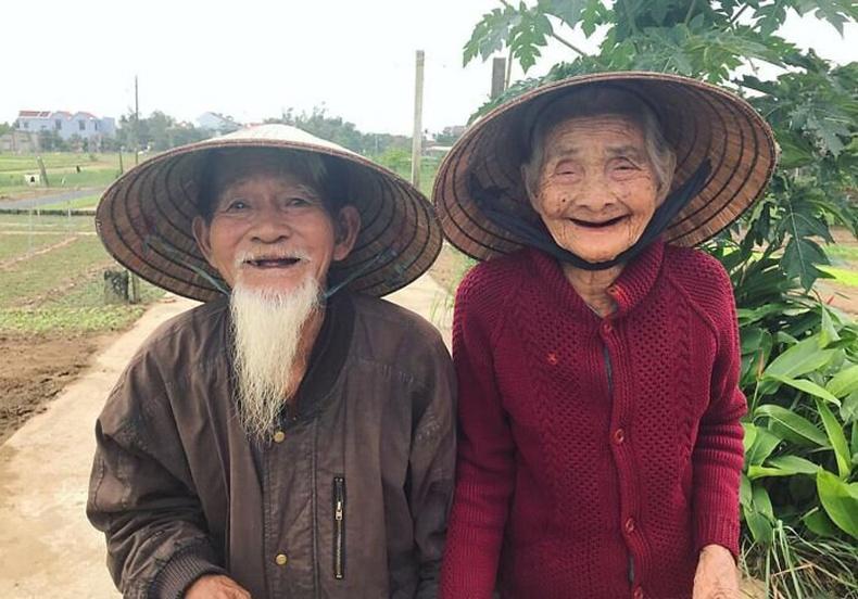 70 жил цуг амьдарсан Вьетнам хос