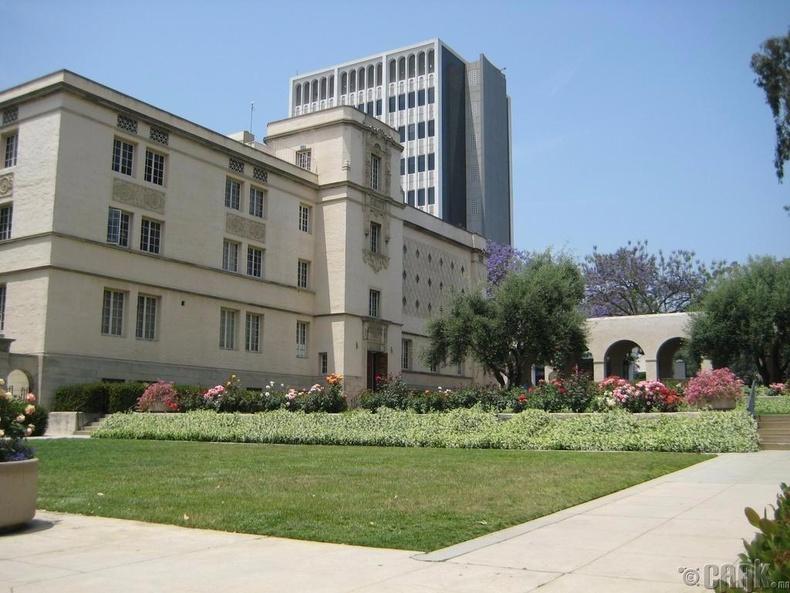 Калифорнийн технологийн институт (95.2)