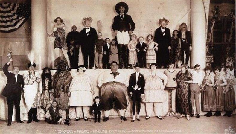 """""""Зэрэмдгүүдийн чуулган"""" Барнум болон Бейли циркийнхэн. 1924 он,  АНУ."""