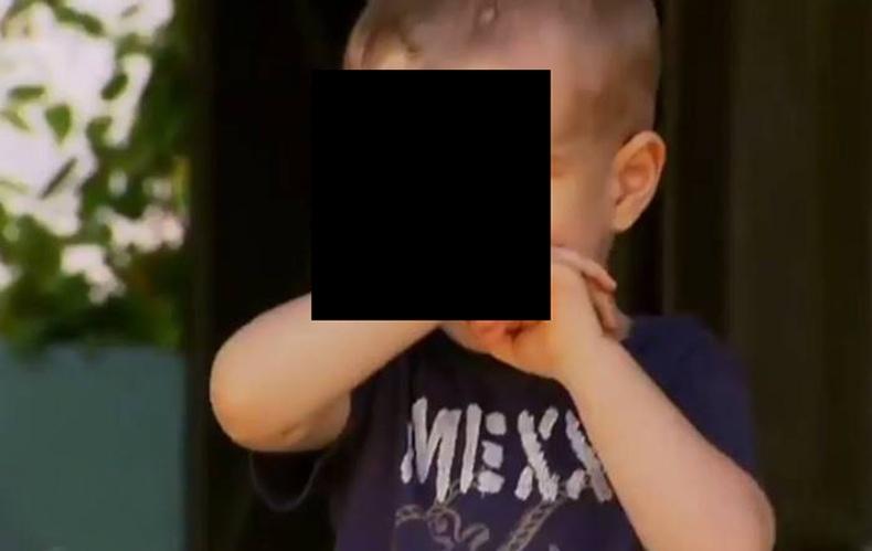 Нүд хамаргүй төрсөн хөөрхийлөлтэй хүү