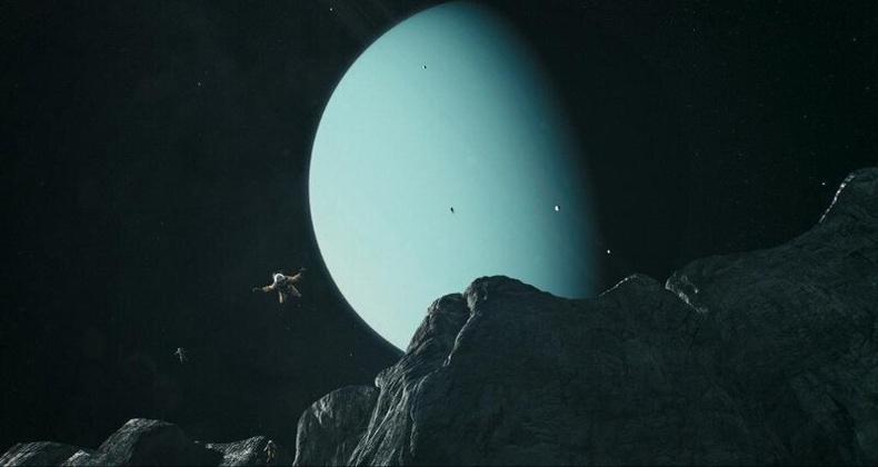 Нарны аймгийн хамгийн том хавцал Тэнгэрийн ван гаригийн бяцхан саран дээр байрладаг