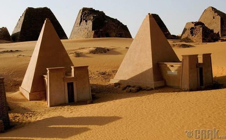 Суданы пирамид