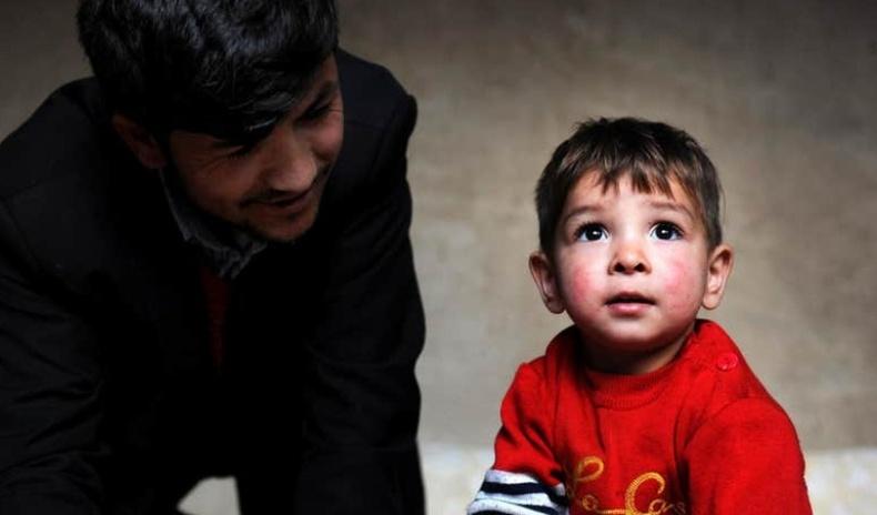 Афган хүү Дональд Трампын өрөвдмөөр амьдрал