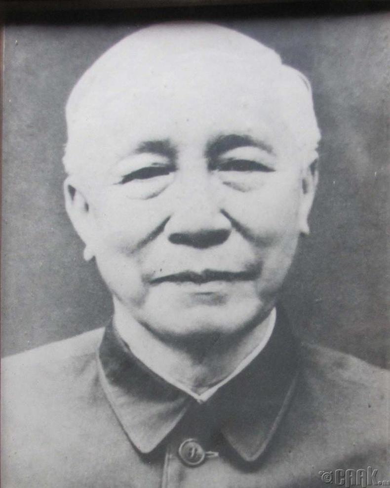 Фан Динь Кхай (Fan Din Khai)