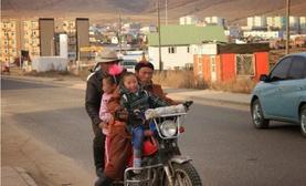 Орос гэрэл зурагчны жирийн Монголчуудтай уулзсан тэмдэглэл