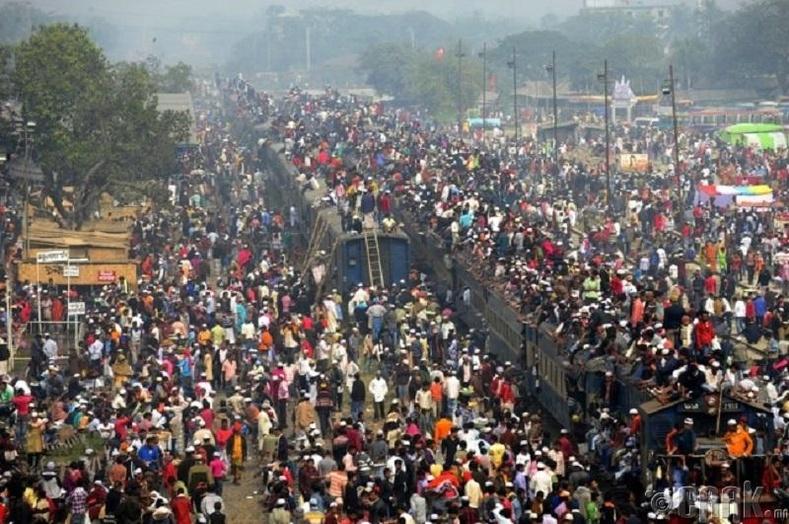 Мумбайн орон нутаг хоорондын галт тэрэг, Энэтхэг