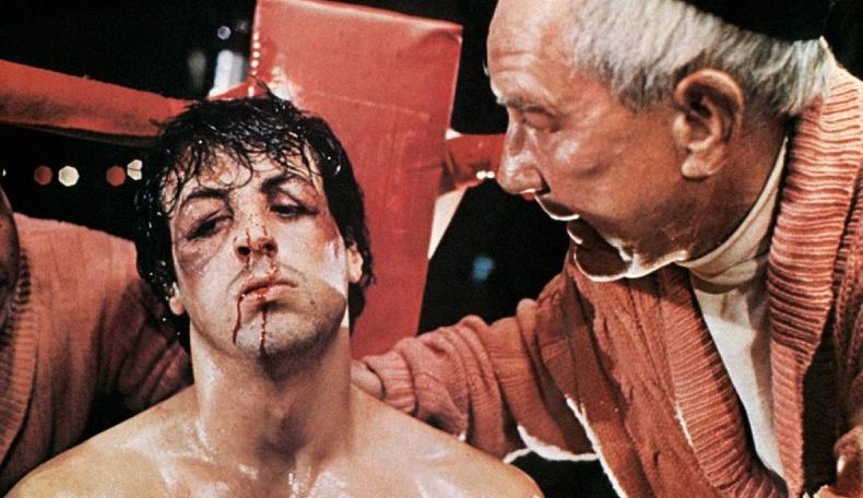 Хямд өртгөөр бүтсэн ч асар их орлого авчирсан 10 кино