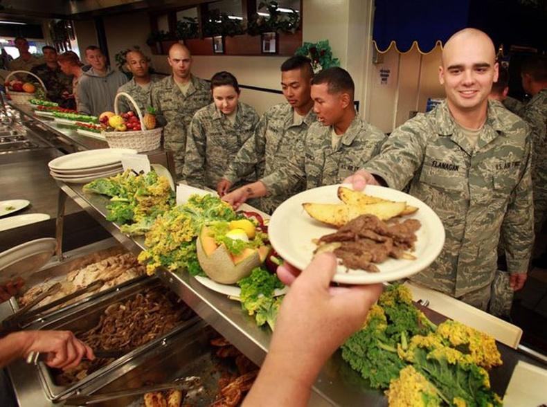 Улс орнуудын цэргүүд ямар хоол иддэг вэ?