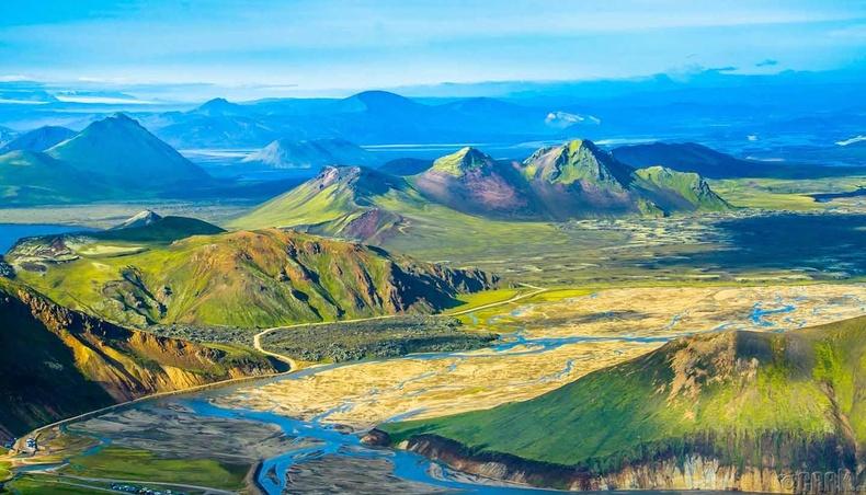 Бүгд Найрамдах Исланд Улс (Iceland)