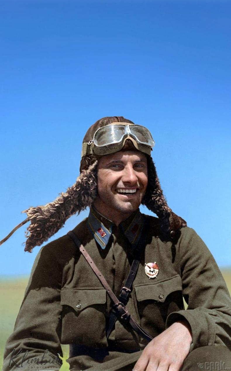 ЗХУ-ын баатар Пётр Дзюба - 1942 он