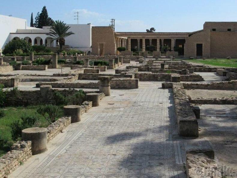 Эртний Ромын тохилог байшин