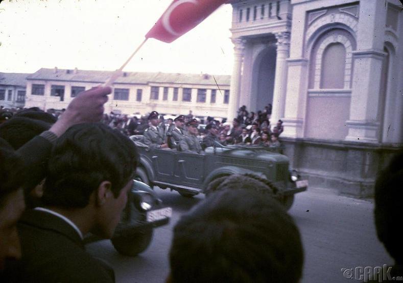 Кабулд болсон Афганистаны армийн парад