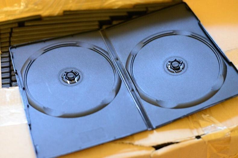 Шинэ CD-г задлах үед