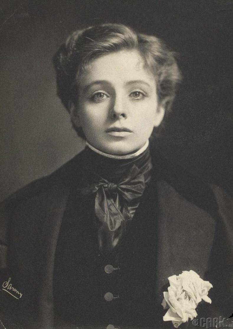 Мауд Адамс, Америк жүжигчин, 1890 он