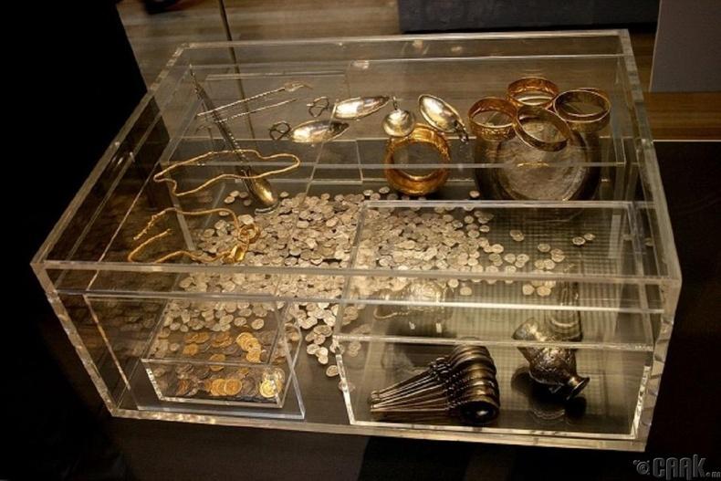 Ромын алт эрдэнэсийн нөөц олджээ