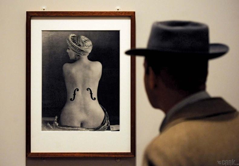 Кики дэ Монтпарнассэ (Kiki de Montparnasse)- Мэн Рэеийн урлагийн охин тэнгэр