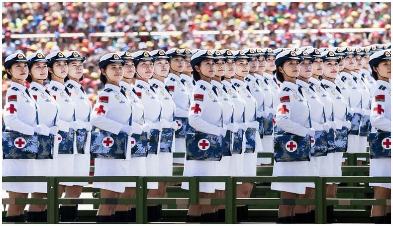 Манай урд хөрш, Хятад улс парадыг урлаг болгож байна