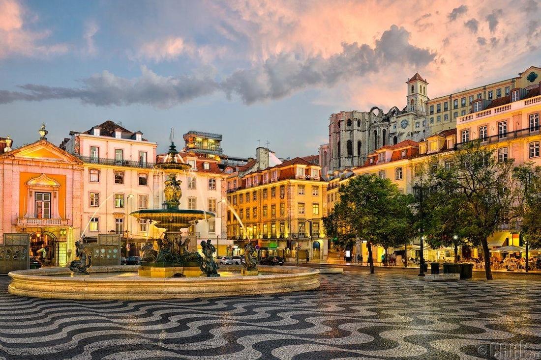 Лиссабон, Португал- 213 доллар