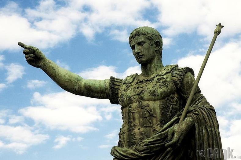 Цезарь (М.Э.Ө 63- М.Э14)