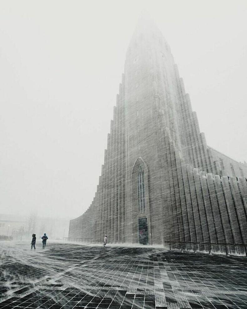 Исландын Рейкьявик дахь Hallgrímskirkja Лютеран сүм
