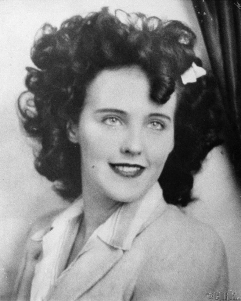 "Элизабет Шорт (Elizabeth Short) буюу ""Black Dahlia"""
