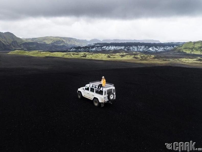 Исланд (ДНБ: $54.121)