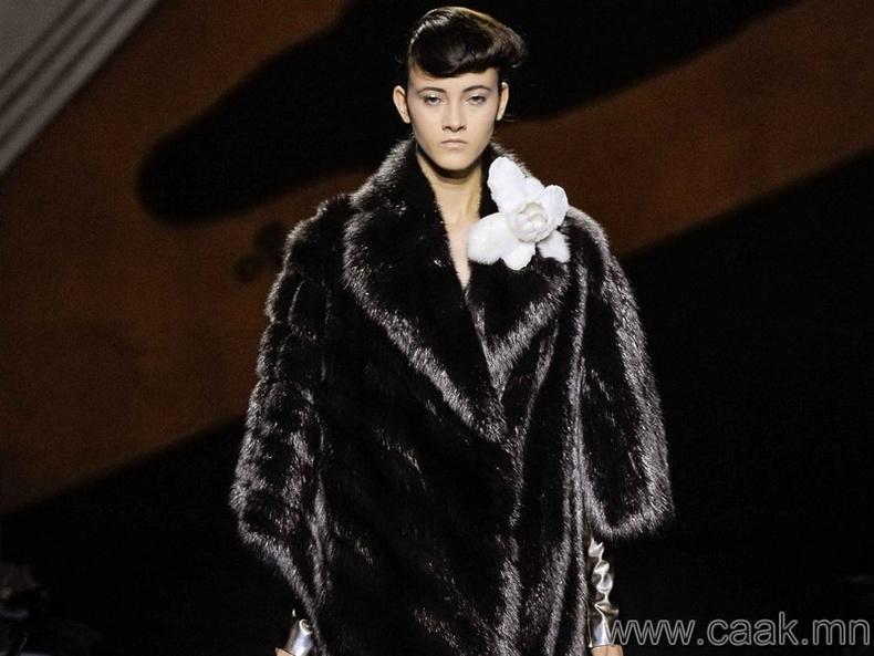 """""""Karl Lagerfeld""""-ийн үслэг эдлэл"""