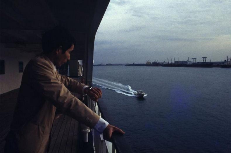 Окинава руу явж буй усан онгоц дээр- Токиогийн тэнгисийн булан, 1982 он