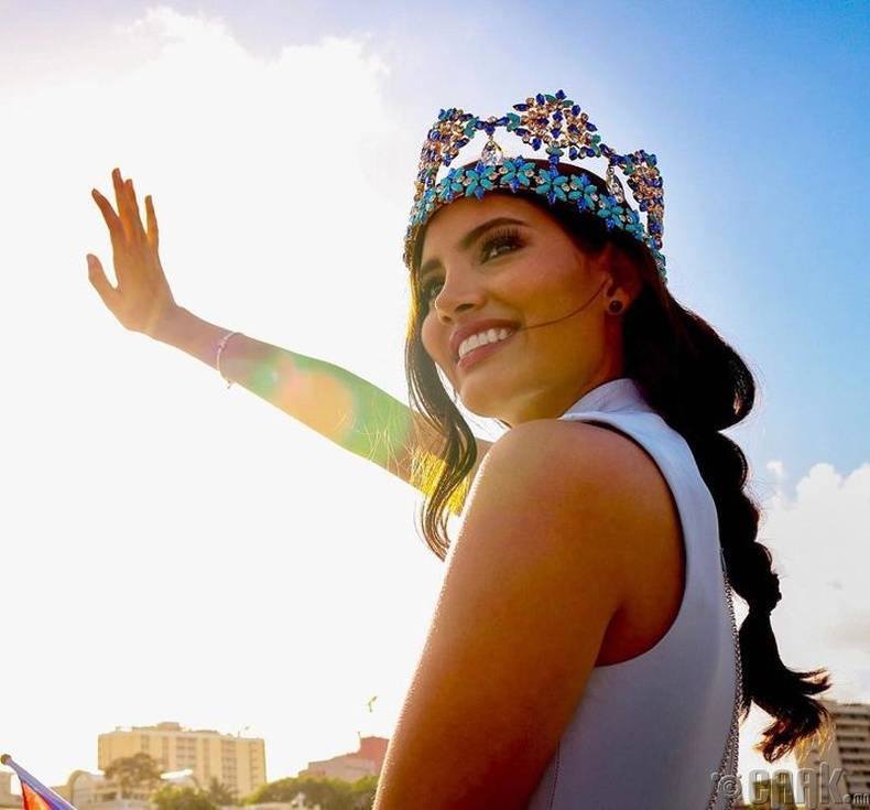 Стефани Дель Валье (Stephanie Del Valle), Пуэрто-Рико - 2016